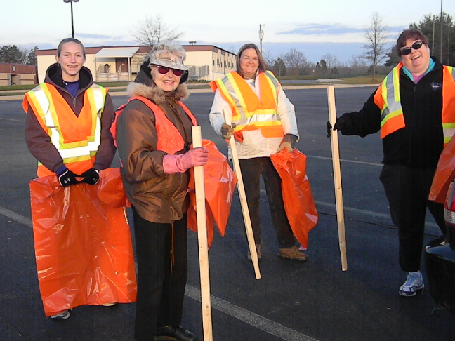 Gainesville RURITAN Club Members Cleaning up Catharpin Road